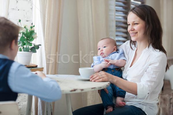 Stockfoto: Moeder · lunch · samen · gelukkig · voedsel · baby