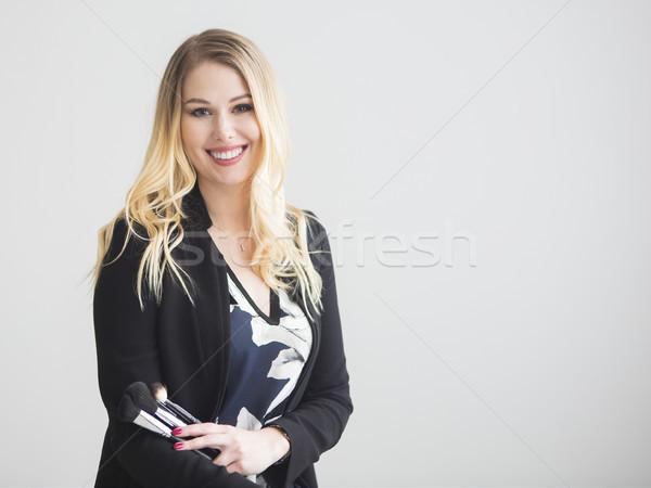 Portret szczęśliwy kobiet uzupełnić artysty blond Zdjęcia stock © dashapetrenko