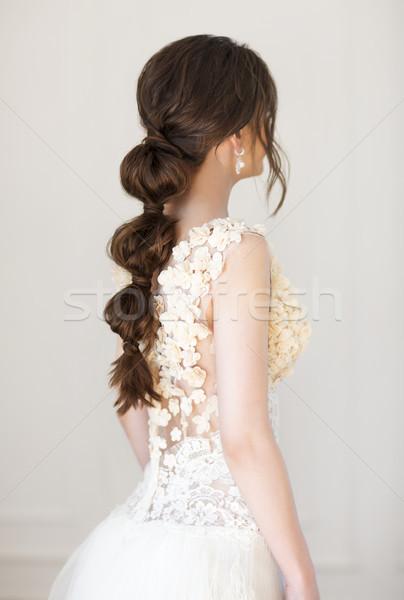 Portré gyönyörű fiatal nő portré nő fehér Stock fotó © dashapetrenko