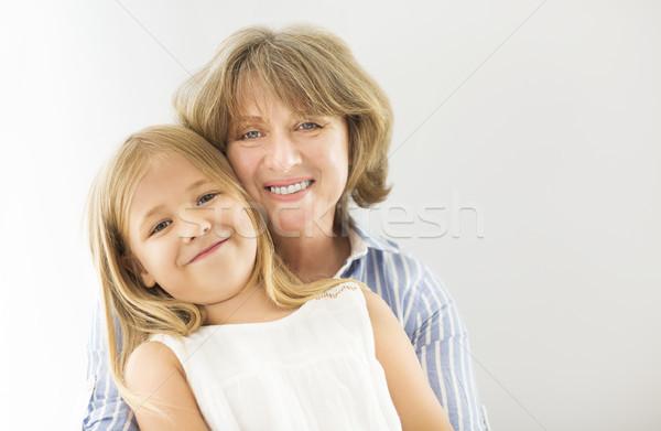 Stok fotoğraf: Olgun · kadın · kucaklamak · genç · kız · büyükanne · kız · kadın