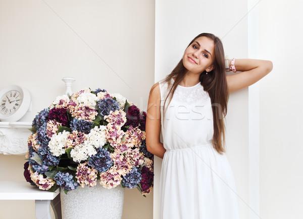 Portret piękna cute teen girl uśmiechnięty biały Zdjęcia stock © dashapetrenko