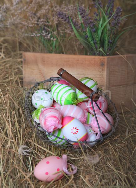 Húsvéti tojások kosár rusztikus széna húsvét terv Stock fotó © dashapetrenko