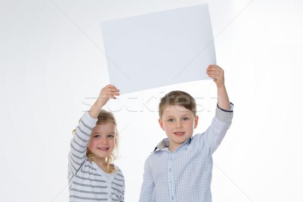 Dziewczyna chłopca stałego wraz dwa dzieci Zdjęcia stock © Dave_pot