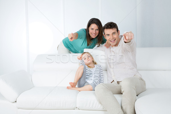 Genç ebeveyn küçük çocuk mutlu aile işaret Stok fotoğraf © Dave_pot