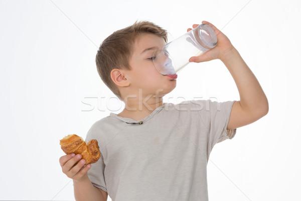 çocuk kahvaltı çocuk cam süt kruvasan Stok fotoğraf © Dave_pot