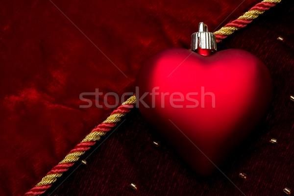 Kırmızı kalp karanlık kadife sevmek star Stok fotoğraf © david010167