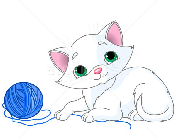 Stok fotoğraf: Beyaz · kedi · yavrusu · oynama · top · iplik · kedi