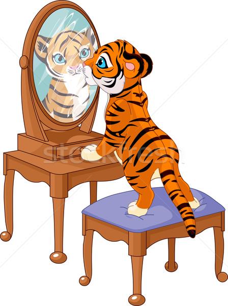 Tijger welp naar spiegel cute oranje Stockfoto © Dazdraperma