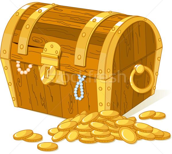 Kincsesláda köteg arany pénz fa szín Stock fotó © Dazdraperma