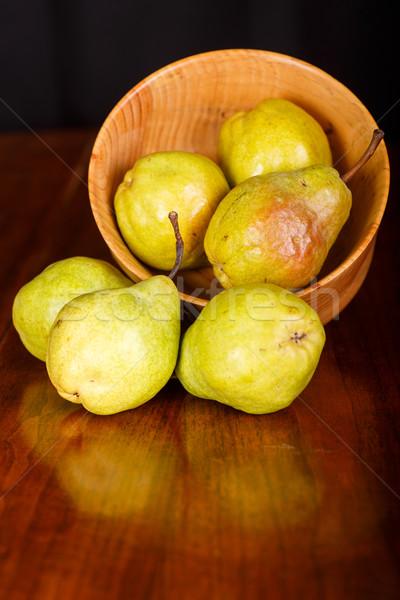 ストックフォト: 梨 · ボウル · 表 · 木材 · 食品