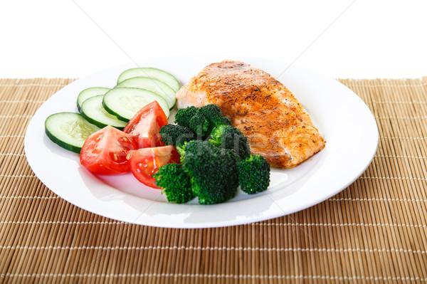 焼き 鮭 ブロッコリー トマト キュウリ ディナー ストックフォト © dbvirago