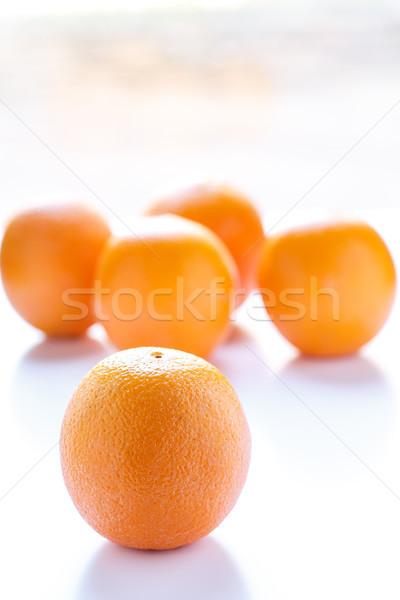 Foto d'archivio: Uno · arancione · quattro · tutto · arance · bianco