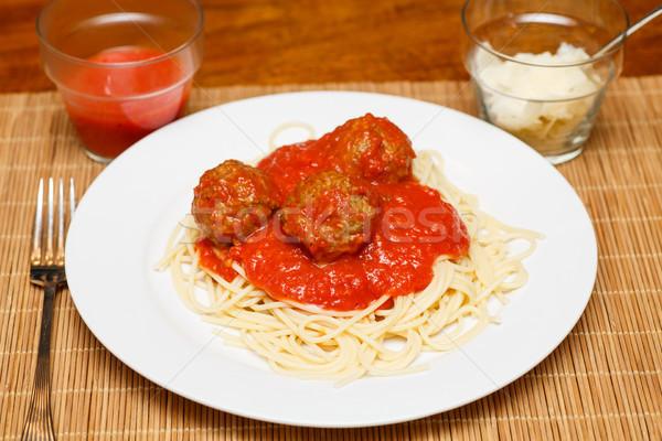 Spaghetti polpette cena bianco piatto formaggio Foto d'archivio © dbvirago