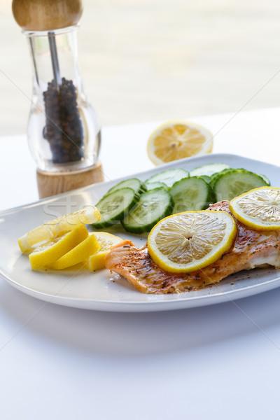 ストックフォト: 鮭 · レモン · 胡瓜 · 垂直