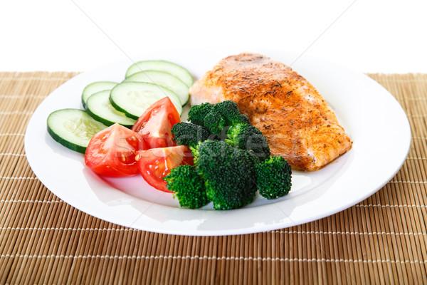 Foto d'archivio: Broccoli · salmone · cena · pomodori · cetriolo
