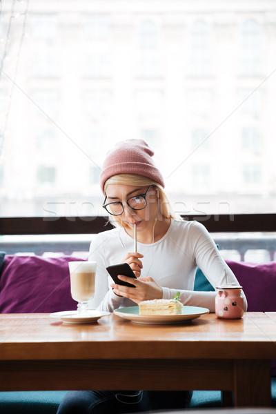 Сток-фото: еды · смартфон · кафе · Hat