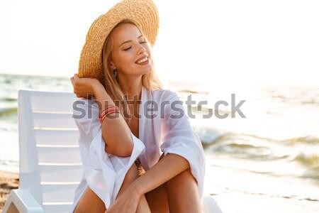 фото европейский женщину 20-х годов соломенной шляпе улыбаясь Сток-фото © deandrobot