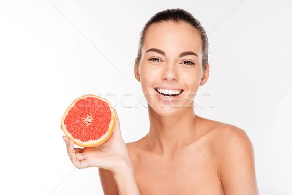 Schoonheid portret gelukkig vrouw grapefruit Stockfoto © deandrobot
