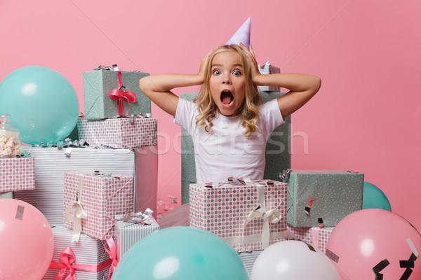 Zdjęcia stock: Portret · dość · dziewczynka · urodziny · hat · funny
