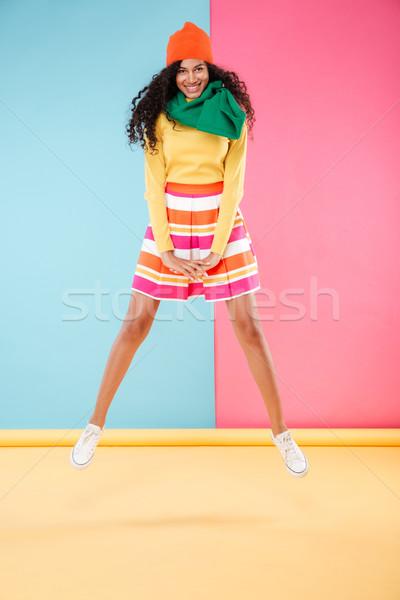 Stock fotó: Boldog · aranyos · afroamerikai · fiatal · nő · ugrik · levegő