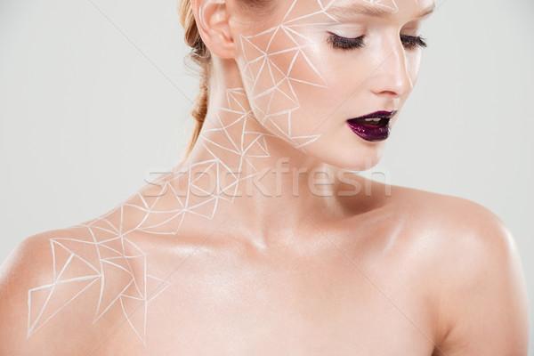 Portré szépség nő testművészet lefelé néz szerény Stock fotó © deandrobot