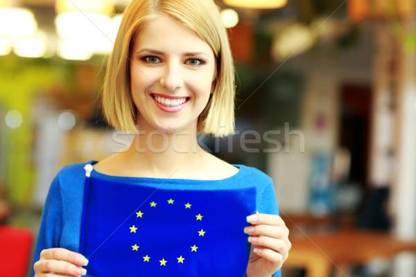 Szczęśliwy dziewczyna banderą Europie Zdjęcia stock © deandrobot