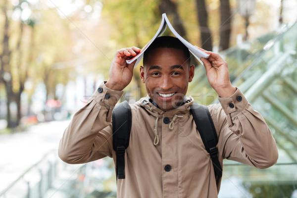 Photo stock: Jeunes · joyeux · africaine · homme · portable · tête