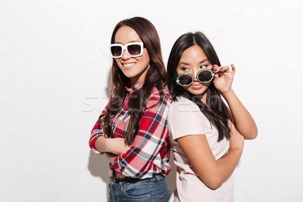 Foto stock: Dois · asiático · bastante · bonitinho · senhoras · irmãs