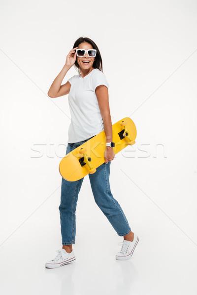 портрет молодые счастливым женщину Солнцезащитные очки Сток-фото © deandrobot