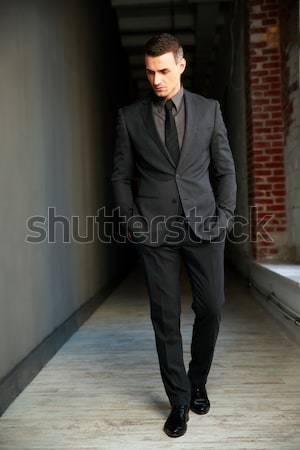 Portret zakenman handen pak zwarte hoofd Stockfoto © deandrobot
