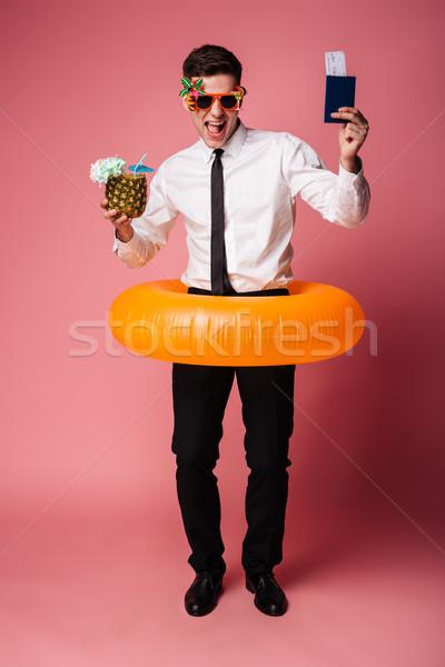 Aufgeregt glücklich jungen Geschäftsmann Gummi Ring Stock foto © deandrobot