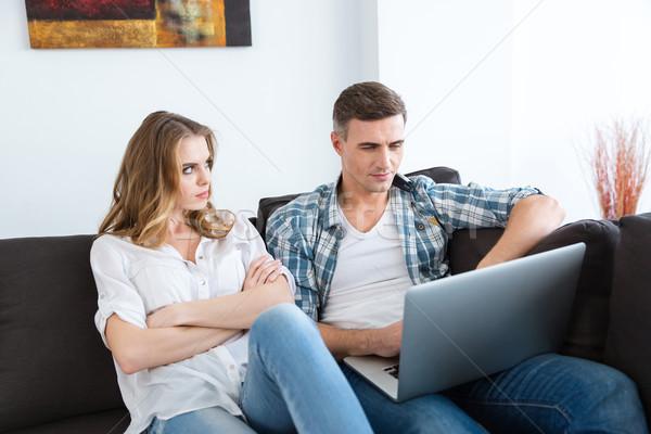 Ongelukkig vrouw vergadering echtgenoot werken laptop Stockfoto © deandrobot