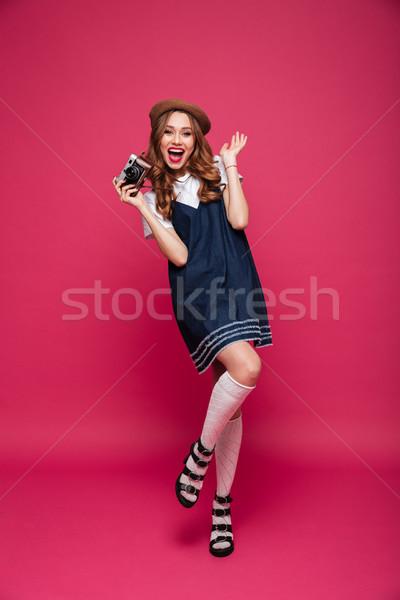Gelukkig dame zoals parijzenaar Stockfoto © deandrobot