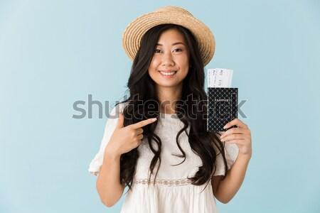 Portrait jeune fille passeport battant Photo stock © deandrobot