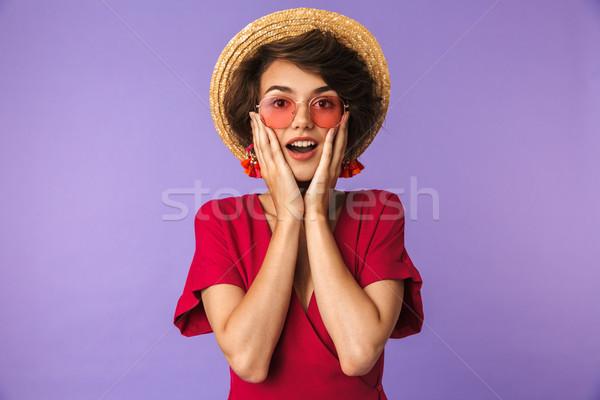 Meglepődött csinos barna hajú nő ruha szalmakalap Stock fotó © deandrobot