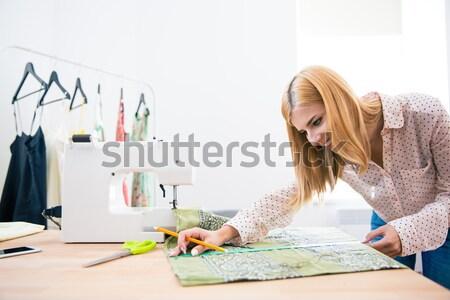 Koncentrált nő divat illustrator rajz kép Stock fotó © deandrobot