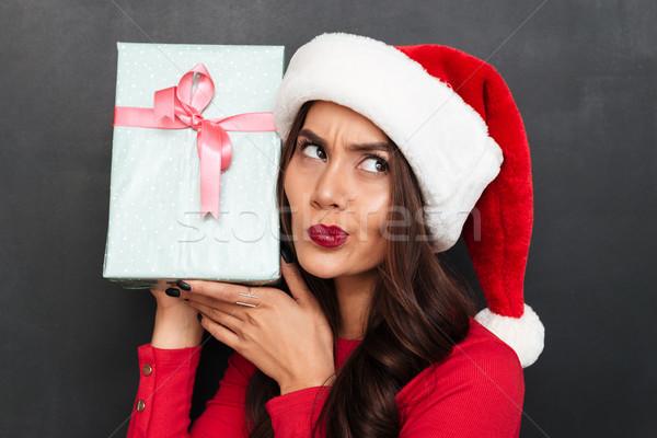 брюнетка женщину красный блузка Рождества Hat Сток-фото © deandrobot