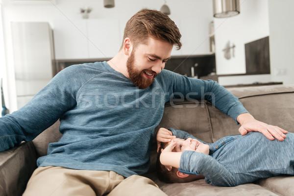 Bärtigen Vater Sitzung Sofa wenig Sohn Stock foto © deandrobot