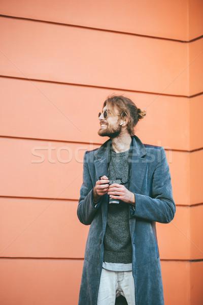 肖像 幸せ あごひげを生やした 男 カメラ 着用 ストックフォト © deandrobot