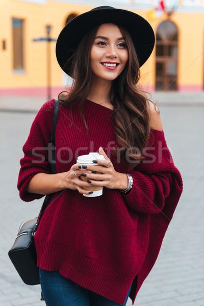 垂直 圖像 微笑 女子 帽子 商業照片 © deandrobot