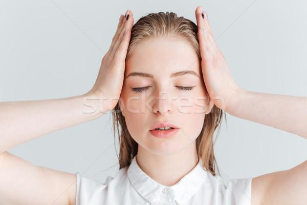 Szépség portré nyugodt nő csukott szemmel pózol Stock fotó © deandrobot
