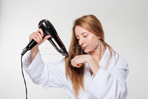 Młoda kobieta włosy odizolowany biały zdrowia tle Zdjęcia stock © deandrobot