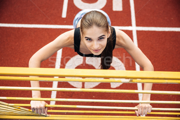 Portret sport vrouw oefening stadion Stockfoto © deandrobot