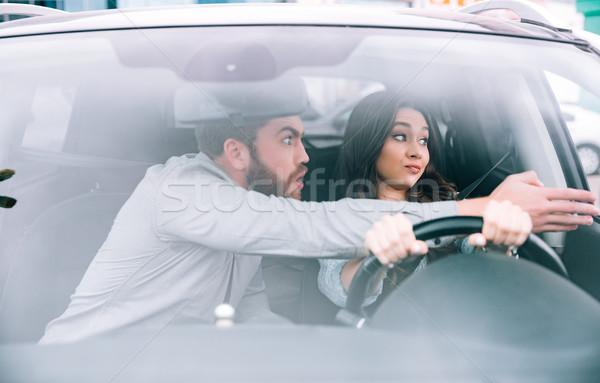 Divat nő férfi autó messze kerék Stock fotó © deandrobot