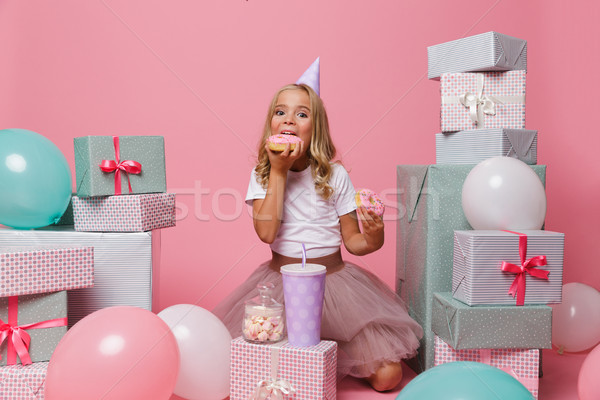 Portret radosny dość dziewczynka hat urodziny Zdjęcia stock © deandrobot
