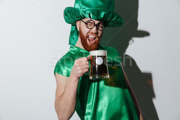 Bêbado gritando homem traje copo Foto stock © deandrobot