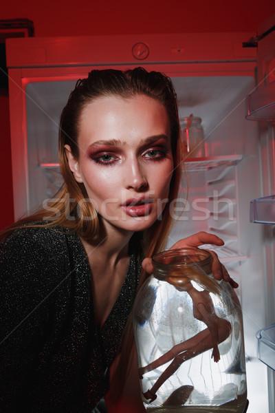 Foto mujer jar muneca Foto stock © deandrobot