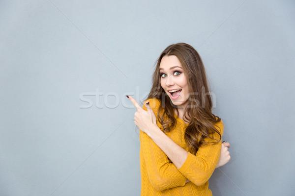 Stok fotoğraf: Kadın · işaret · parmak · uzak · portre