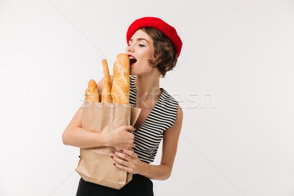 Portret pretty woman beret torby papierowe Zdjęcia stock © deandrobot
