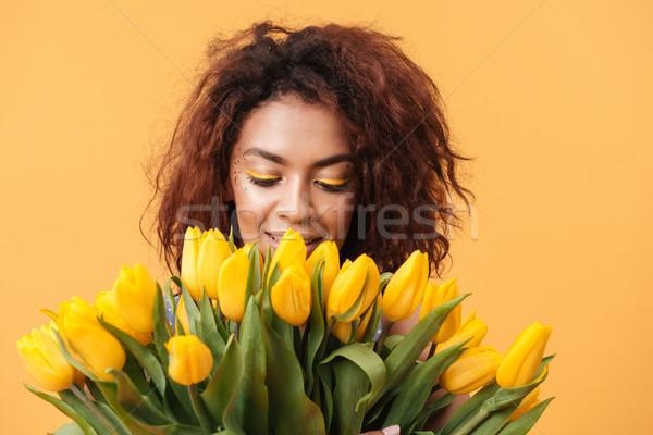 Primer plano retrato África mujer ramo Foto stock © deandrobot